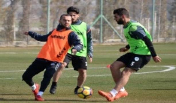 Atiker Konyaspor Akhisarspor maçı hazırlıklarına başladı