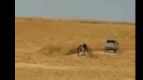 PKK/PYD terör örgütünün halkın ekinlerini yakma anı görüntülendi - Tıkla İzle