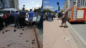Konya'da Duvara çarpan otomobilin kaza anı araç kamerasında