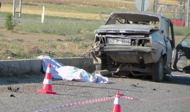 Konya'da iki otomobil çarpıştı: 1 ölü, 2 yaralı
