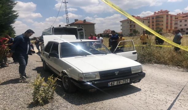 Konya'da 27 yaşındaki genç otomobili içinde ölü bulundu