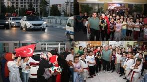 Avrupa ikincisi milli tekvandocuya memleketi Beyşehir'de coşkulu karşılama