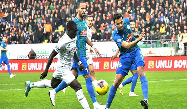 Konyaspor  deplasmanda Ç. Rizespor'a 3-1 kaybetti