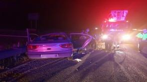 Konya'da Bariyerlere çarpan otomobilin sürücüsü hayatını kaybetti