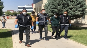 Konya'daki kuyumcu soyguncuları tutuklandı