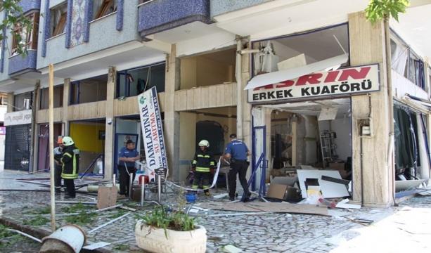 Konya'da  bir iş yerinde Tüp bomba gibi patladı, zarar büyük