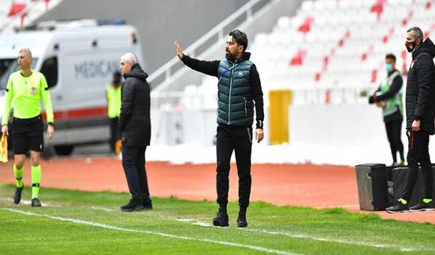 İttifak Holding Konyaspor Direktörü İlhan Palut Sivasspor maçı sonrası açıklamalarda bulundu