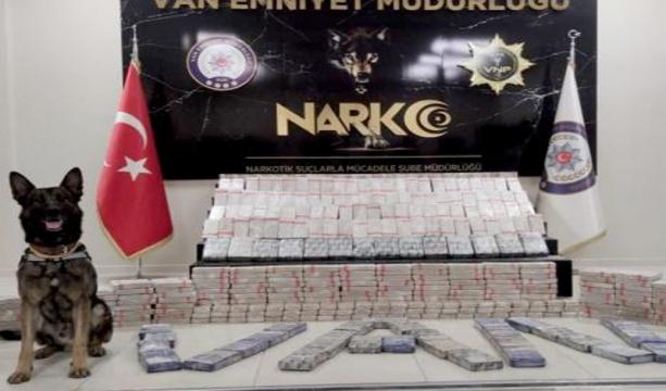 Van'da 306 Kilo Uyuşturucu Ele Geçirildi