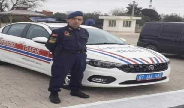 Oğlunu üniversite kaydına götürürken kazada hayatını kaybeden uzman çavuş toprağa verildi