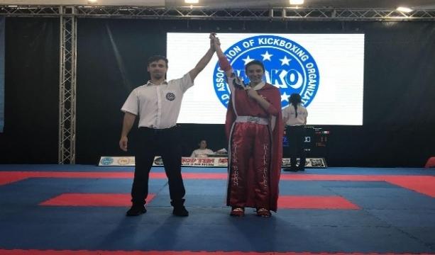 Konyalı Zeynep Cankurt, Kick Boks'ta dünya ikincisi oldu