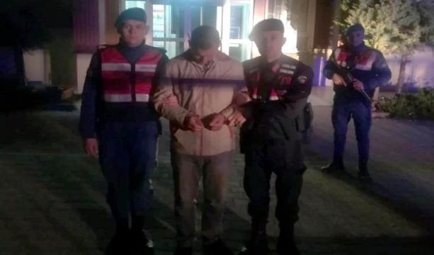 Konya'nın Hüyük ilçesinde Kiralık otomobille koyun çalan şüphelisi tutuklandı