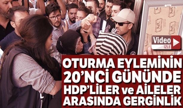 HDP'liler ile parti binası önünde eylem yapan aileler arasında gerginlik - TIKLA İZLE -