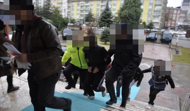 Konya'da Sosyal medya üzerinden uyuşturucu satan kardeşler tutuklandı