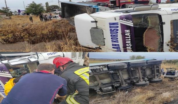 Konya'da tır ile otomobil çarpıştı: 2 yaralı