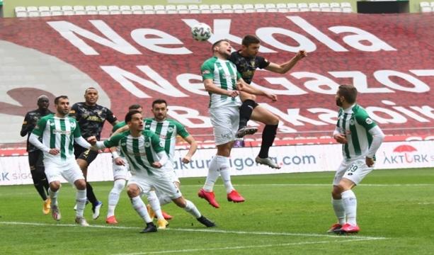 Konyaspor: 2 - Göztepe: 3