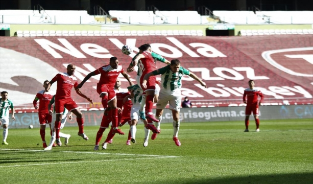 Konyaspor: 0 - Antalyaspor: 0