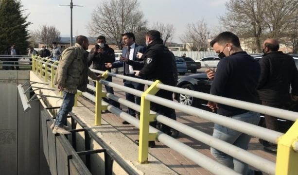 Konya'da Çocuğunu göremediği iddiasıyla altıncı kez köprüden atlamaya çalıştı