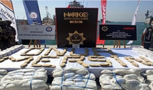Suriye Açıklarında Ele Geçirilen 1,5 Ton Uyuşturucu Madde Mersin'de Sergilendi